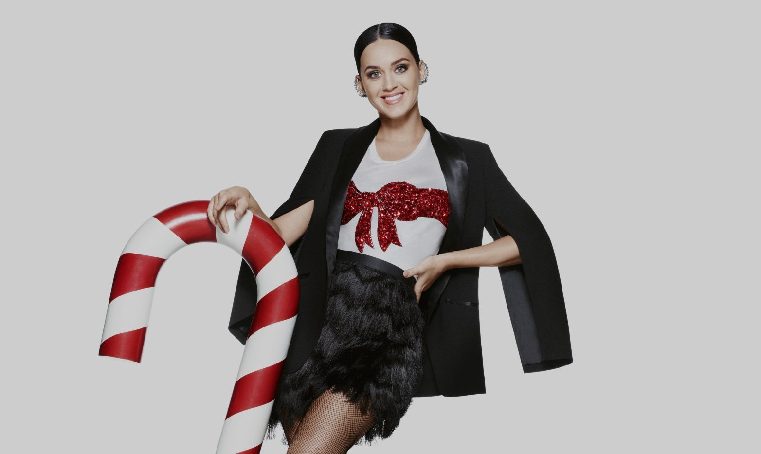 H&M HOLIDAY 2015 COMMERCIAL STARRING KATY PERRY