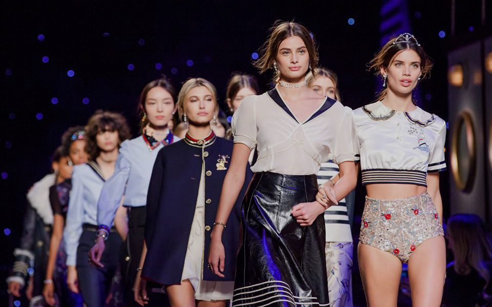 TOMMY HILFIGER FALL 2016 RTW COLLECTION