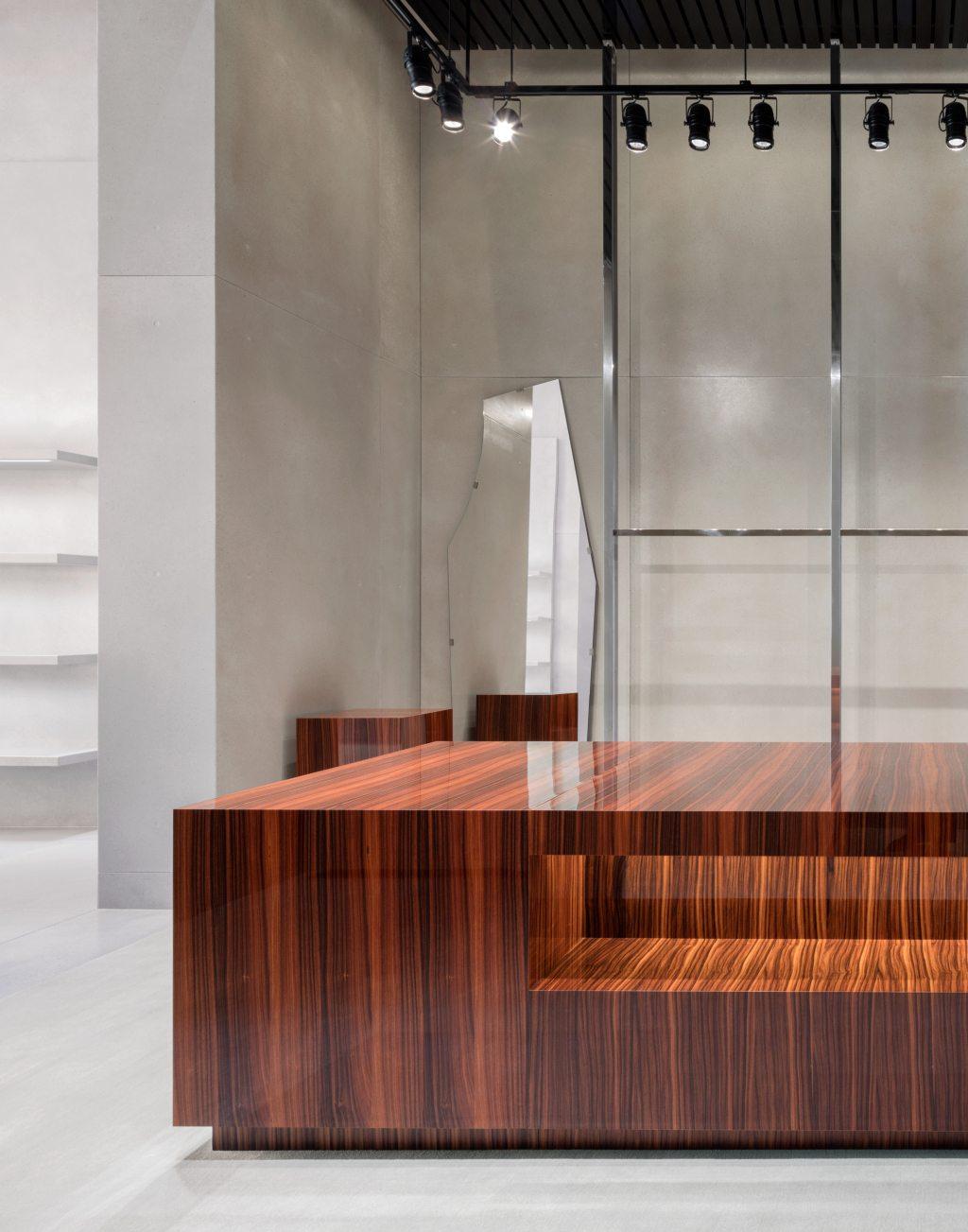 Balenciaga flagship store in los angeles les fa ons for Balenciaga new york store
