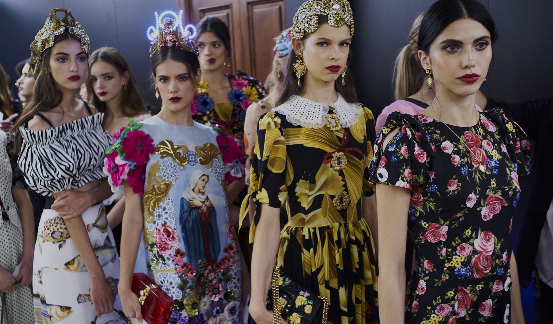 DOLCE & GABBANA SPRING 2017 RTW COLLECTION