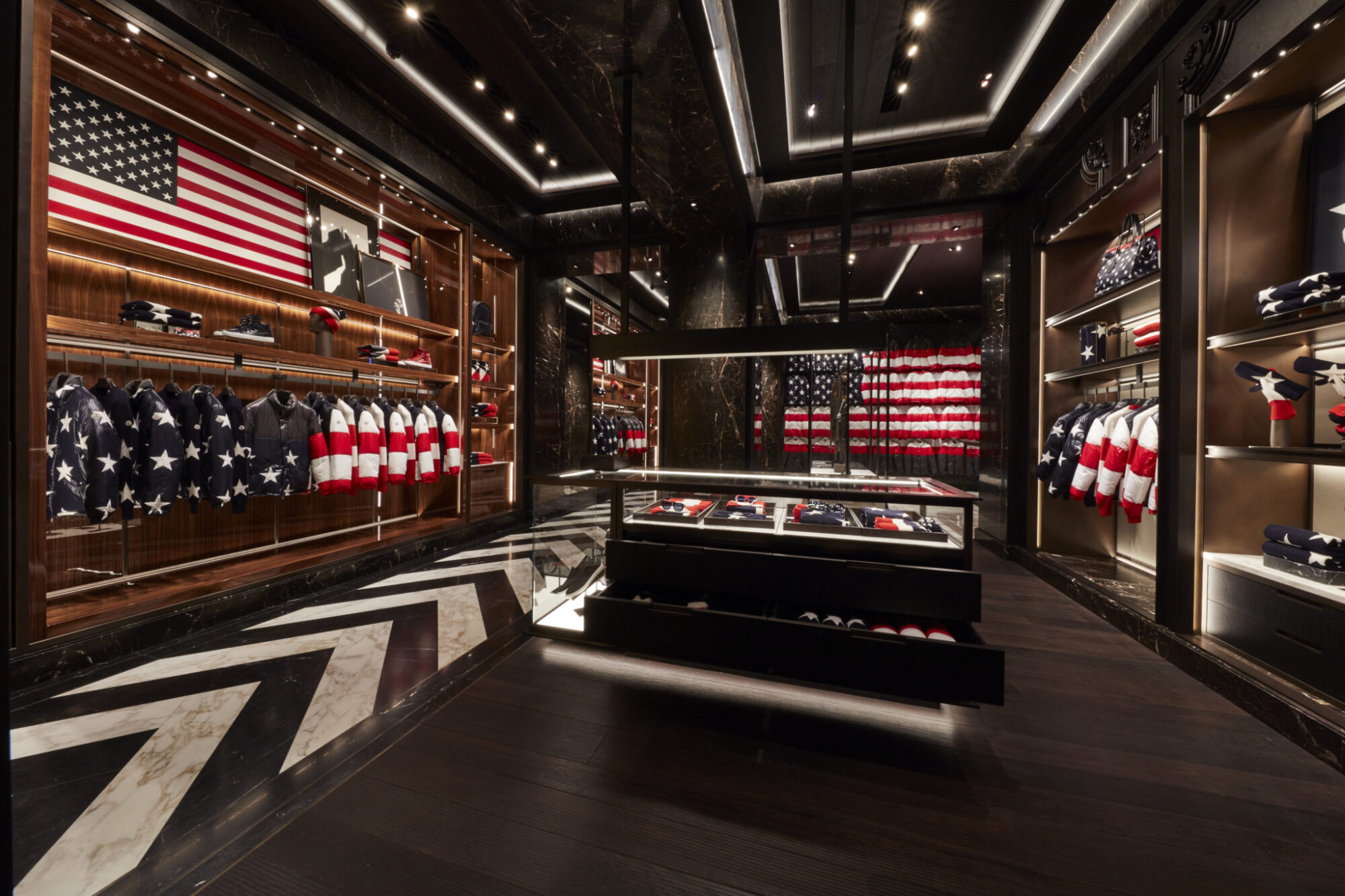 Nyc Inauguration Day >> Moncler First American Flagship Store in New York | LES FAÇONS