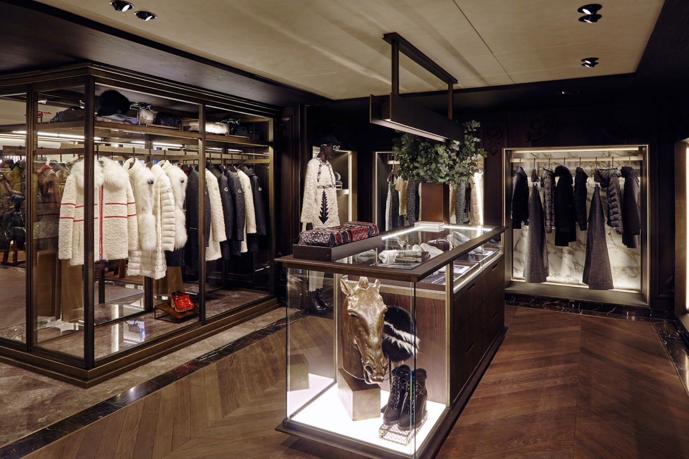 MONCLER-FLAGSHIP-STORE-IN-SEOUL-3.jpg