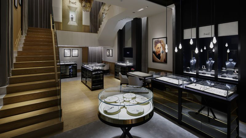 PIAGET FLAGSHIP STORE IN TOKYO