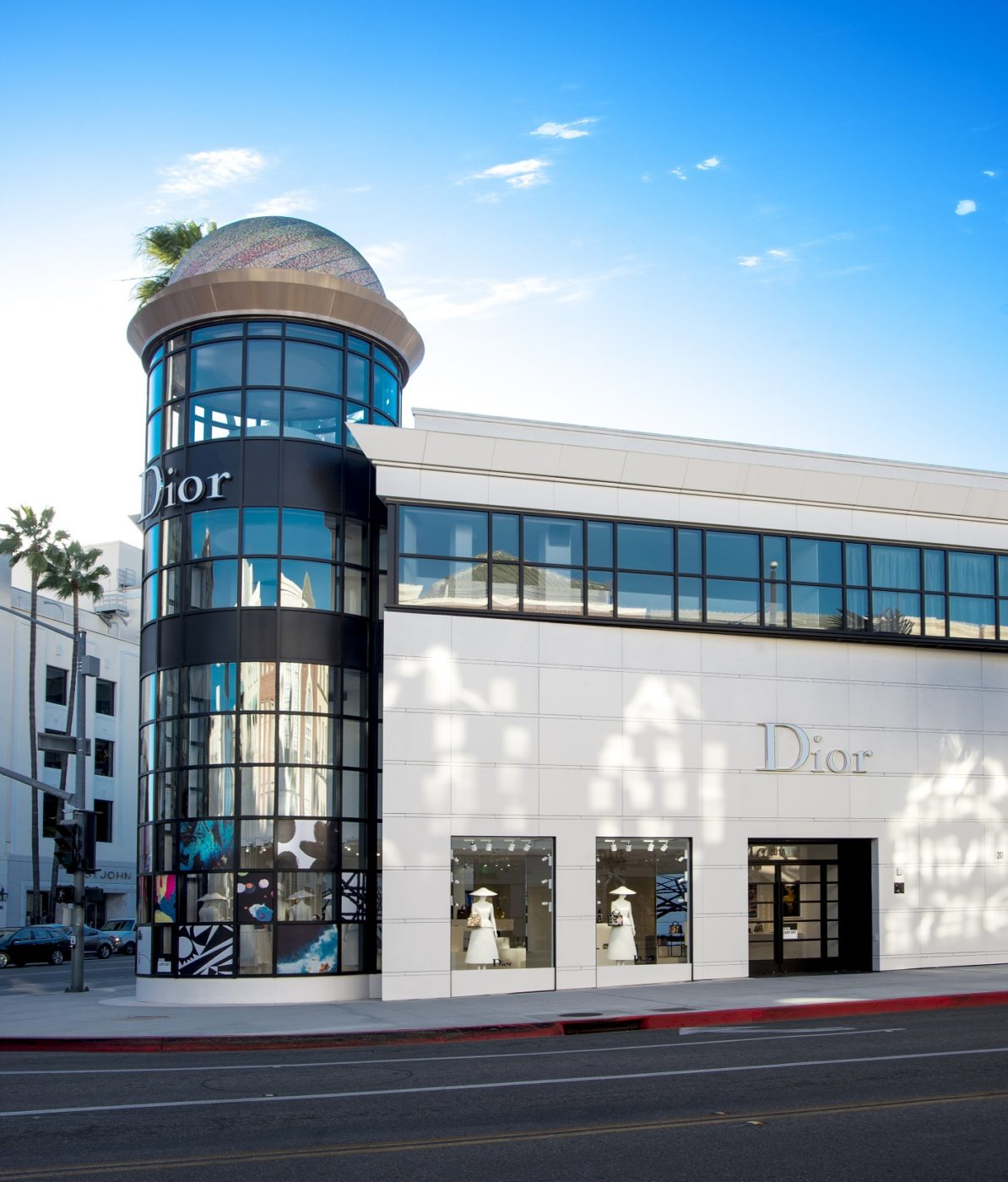 Christian Dior Lady Art Pop Up Shop In Los Angeles Les Fa 199 Ons
