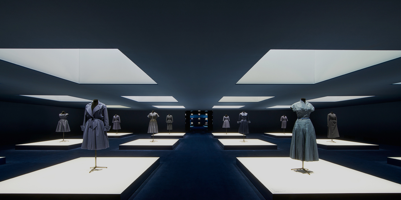 CHRISTIAN DIOR 'I FEEL BLUE' EXHIBIT IN SHANGHAI