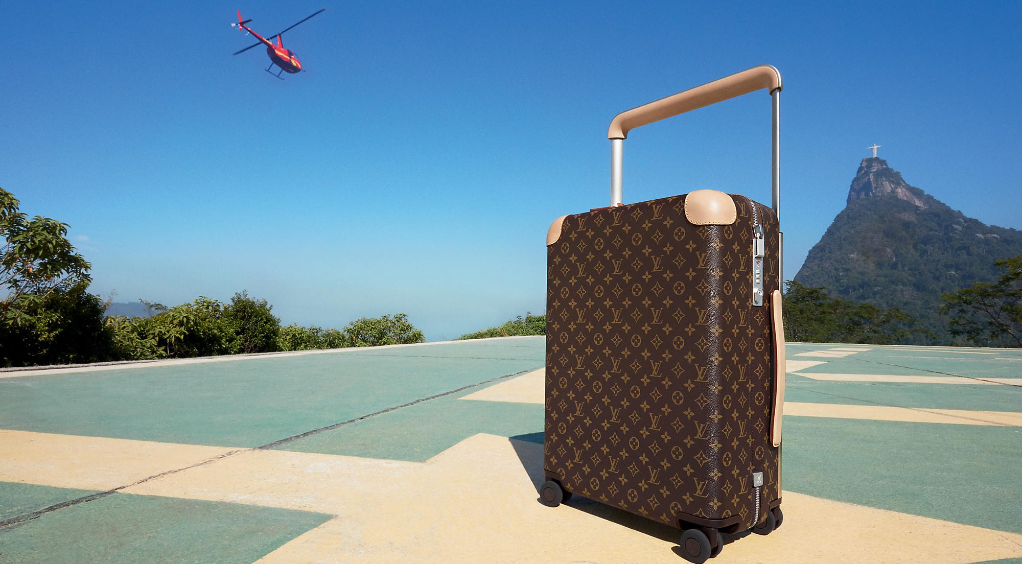 LOUIS VUITTON ROLLING LUGGAGE COLLECTION BY MARC NEWSON