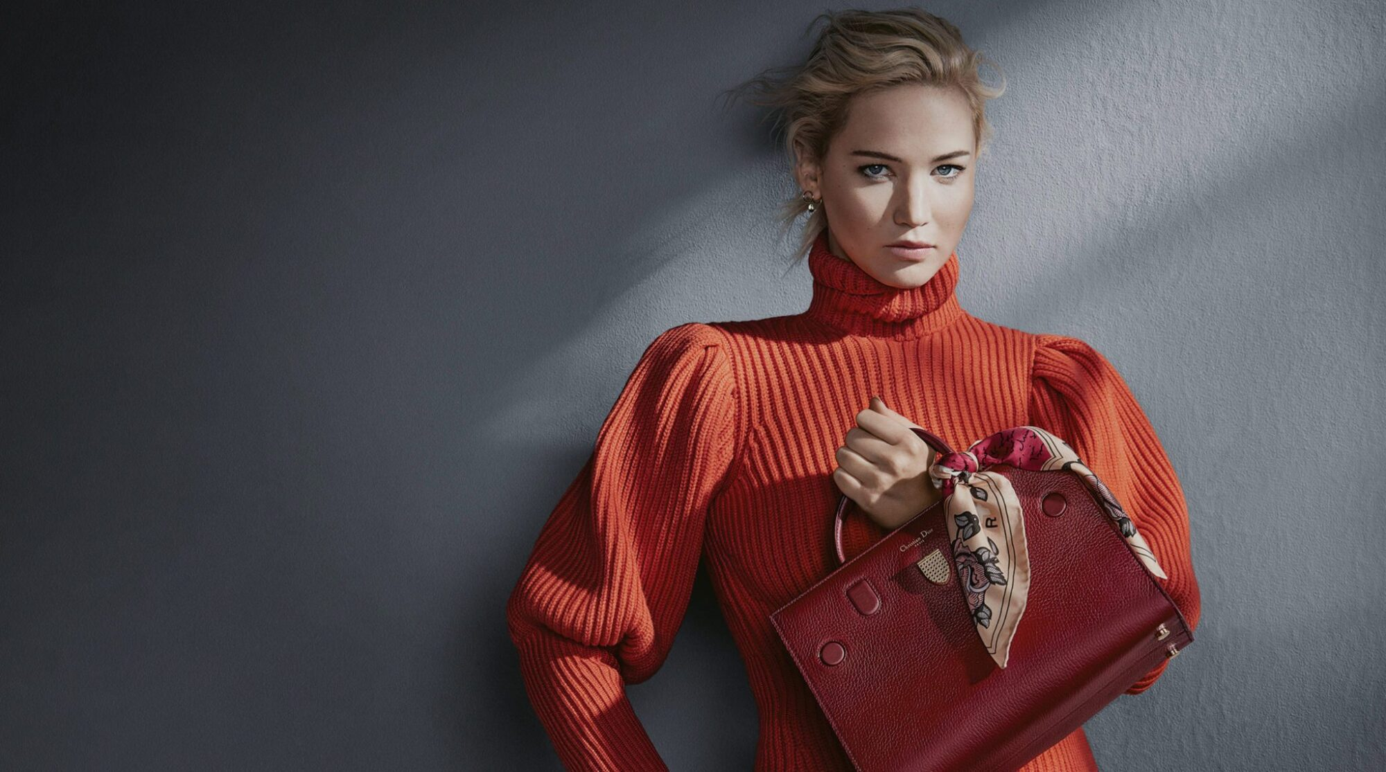 21f4a87adee6 CHRISTIAN DIOR FALL 2016 ACCESSORIES AD CAMPAIGN FEATURING JENNIFER LAWRENCE