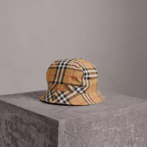 02e43d1b176b11 Shop the Burberry February 2018 Capsule Collection