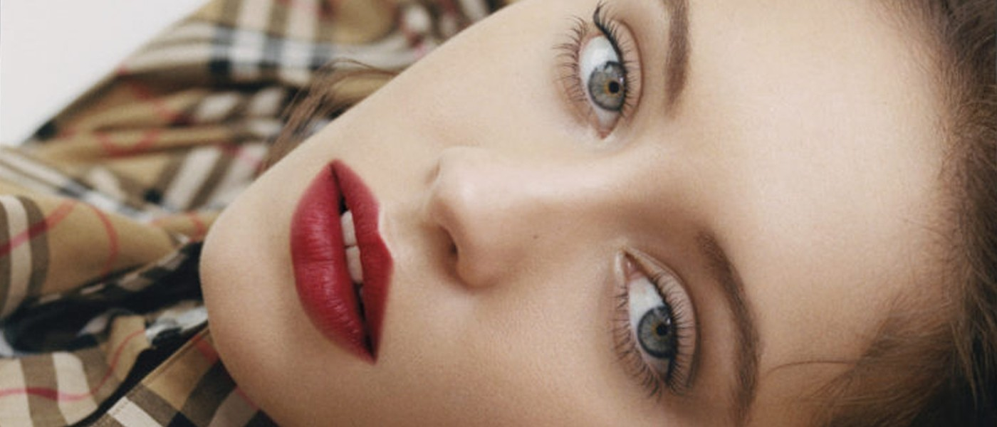 BURBERRY BEAUTY LIP VELVET CRUSH COLLECTION FILM