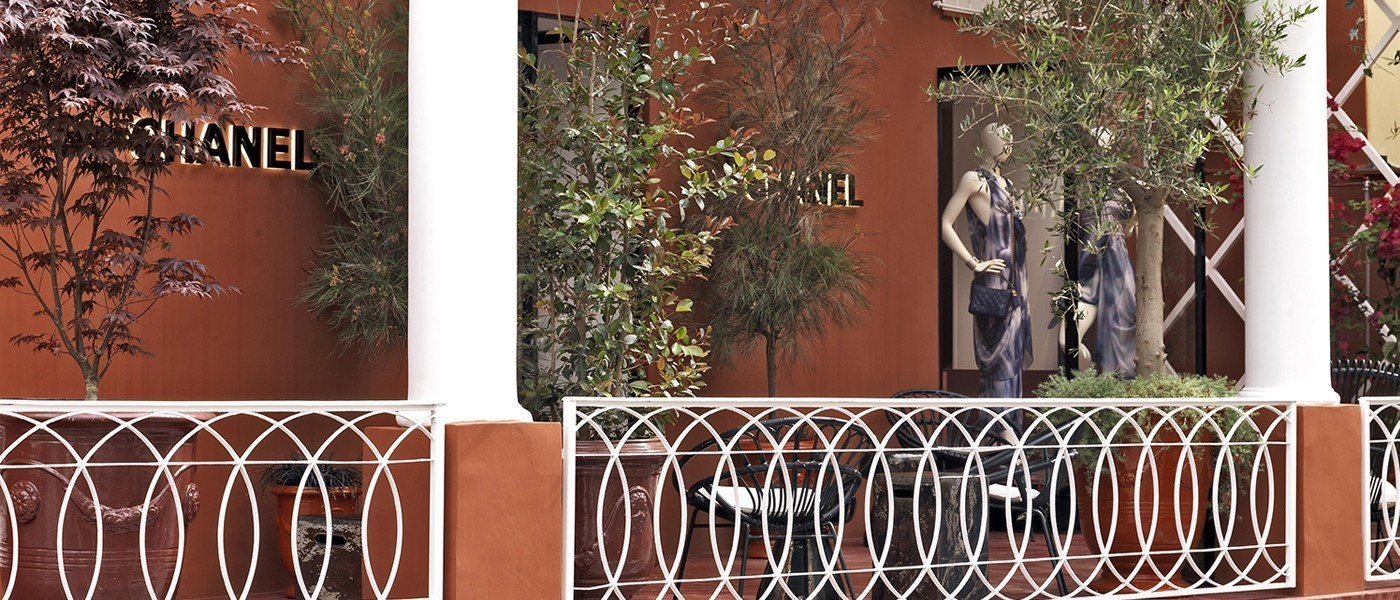 CHANEL EPHEMERAL BOUTIQUE IN CAPRI