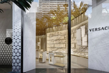 VERSACE NEW SUSTAINABLE BOUTIQUE IN MIAMI